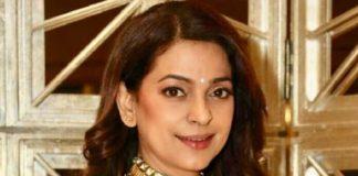 Juhi Chawla spotted in Gehna Jewellers