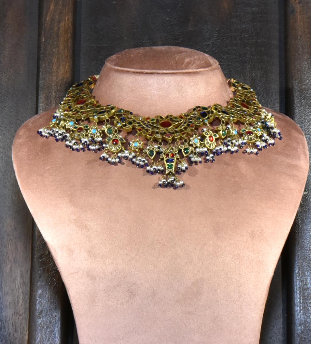 neckpieces-