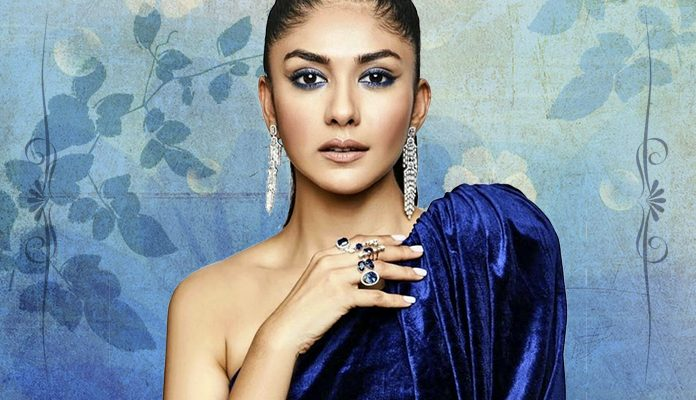 Feature image - Super 30 actress Mrunal Thakur's A