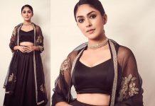 Mrunal-Thakur-looked-stunning-in-Narayan-Jewellers-by-Ketan-Jatin-Chokshi