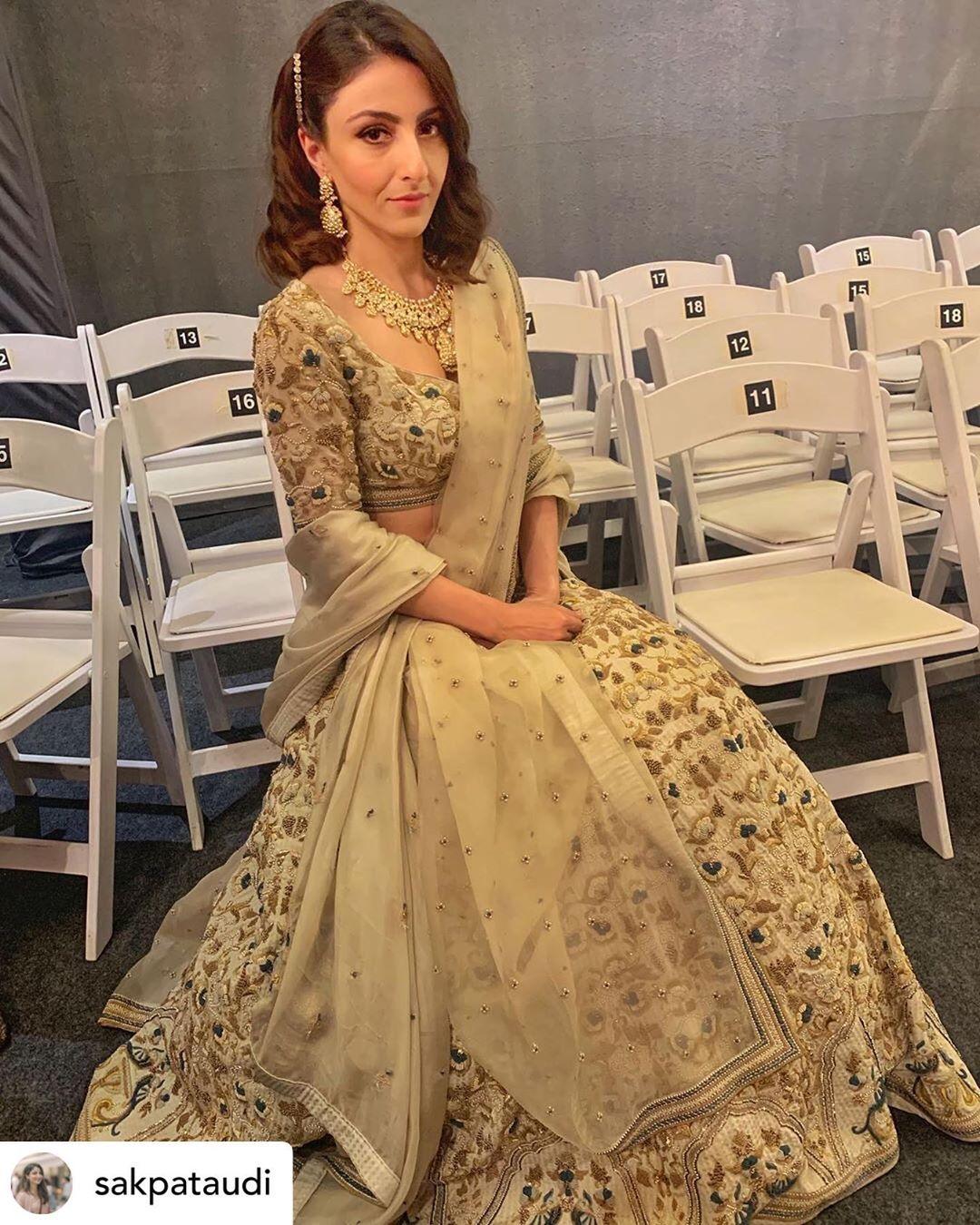 Soha Ali Khan with polki and diamond necklace and jhumkas