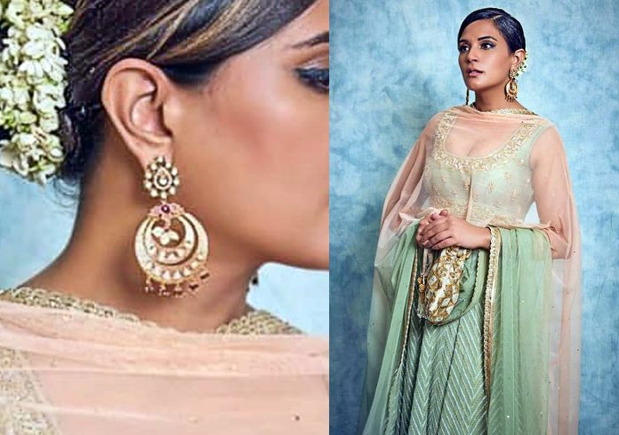 Richa chaddha with earrings