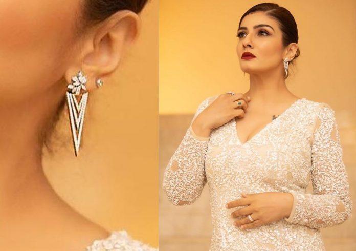 Raveena Tondon wearing diamond earrings