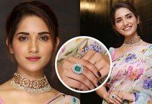 Ruhani Sharma showcased a splendid kundan and diamond choker