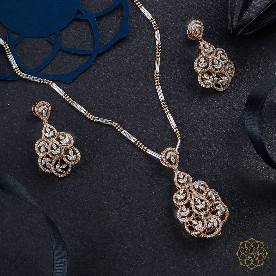 bridal gold necklace-jewellery by Chheda Jewellers